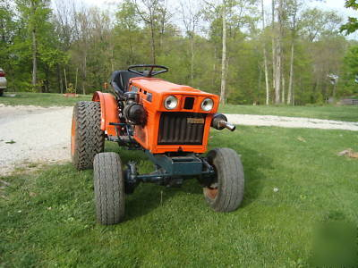 Kubota B7100 Tractor 4x4 With Finish Mower And Scraper
