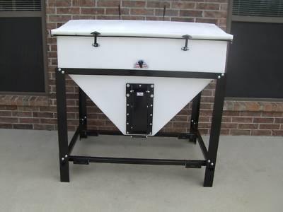 Livestock Feed Storage Amp Dispensing Bin 1000 Lb Cap